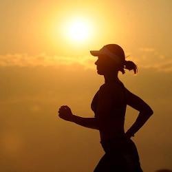 ジョギングする人の画像