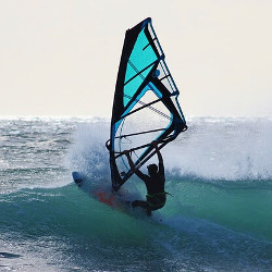 海のスポーツのイメージ画像