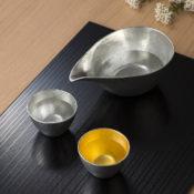 日本の錫製品の画像